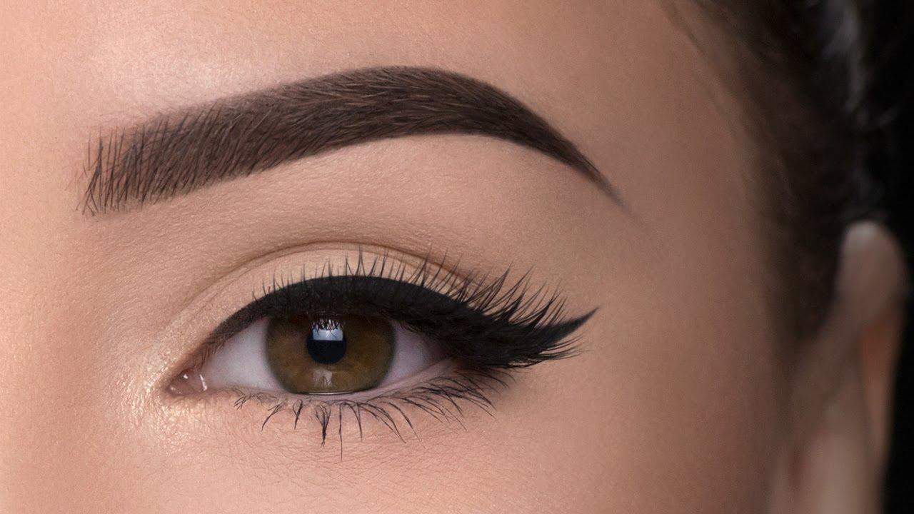 Wie schminke ich Augen und Augenbrauen? Die Make-up-Palette Makeup Revolution HD Pro Eyes & Brows & Eye Brush
